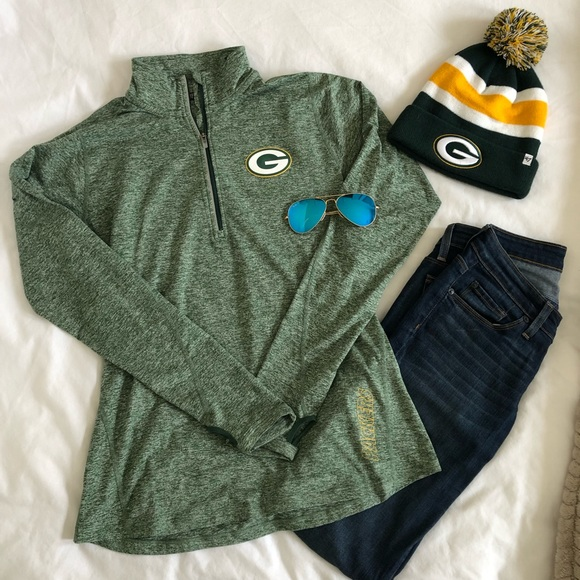 Nike Tops - Nike Dri-FIT Packers Women's 1/2 Zip Top
